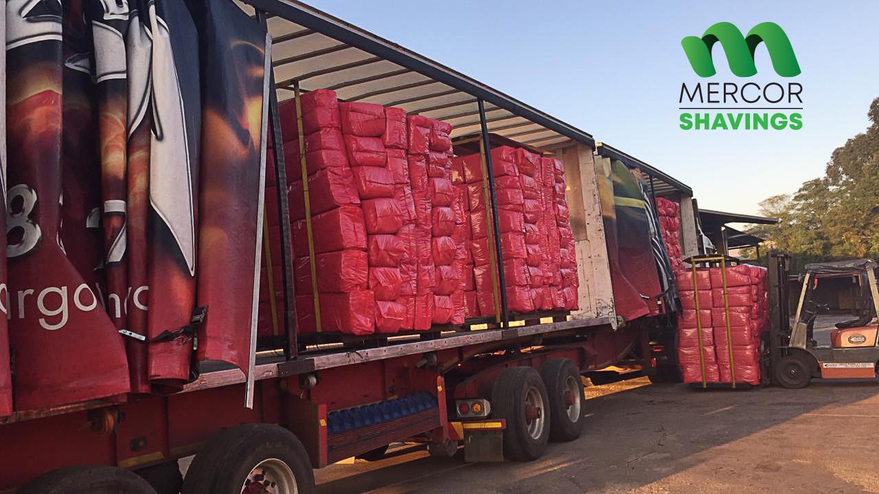 Mercor Shavings loading animal bedding for delivery